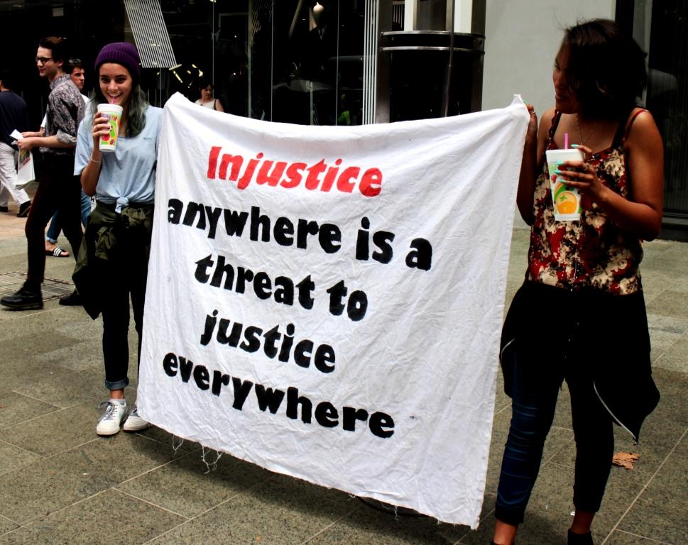 'Injustice anywhere is a threat to justice everywhere' – Perth protesters take a stand against the injustice of Islamophobia.