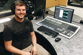 Murdoch radio leads way for vision impaired